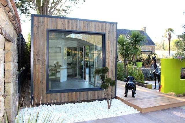 Bureau de jardin extérieur 1