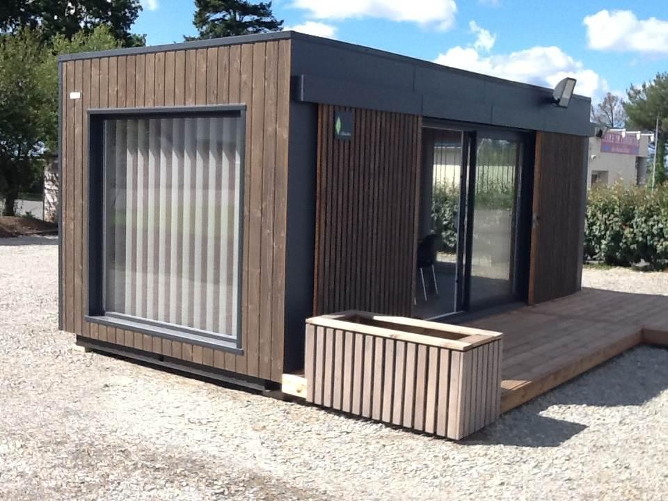 un bureau de piste pour moto ecole my garden loft. Black Bedroom Furniture Sets. Home Design Ideas