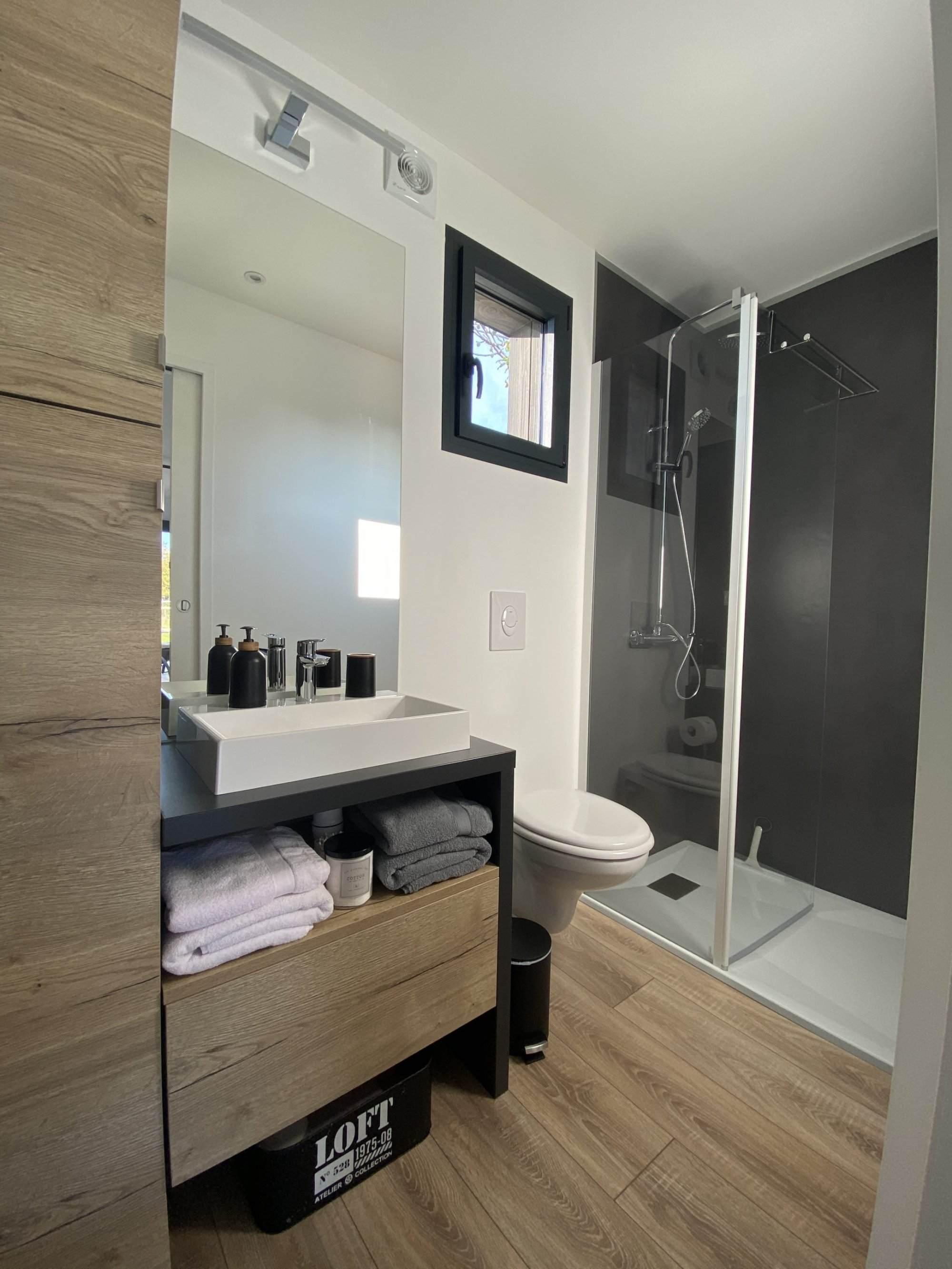 salle de bain d'un studio de jardin